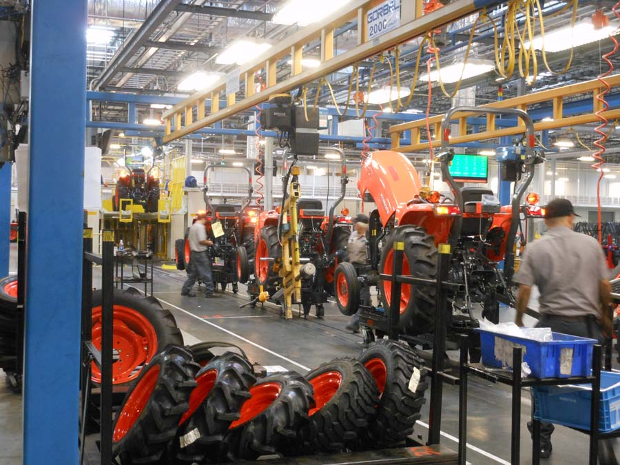 A look at the L Series Tractor assembly process.